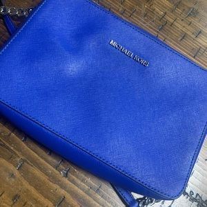 Royal blue Micheal Kors crossbody bag